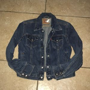 Levi's Jean Jacket Size Medium